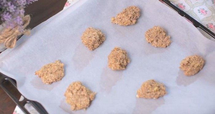 Постное печенье из овсяных хлопьев в домашних условиях: рецепты с фото