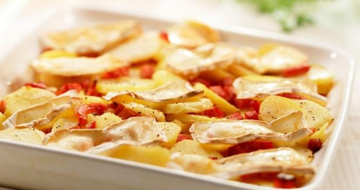 картофель с копченой или свежей грудинкой