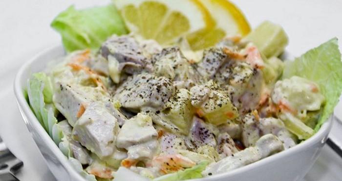 Салат с рыбными молоками