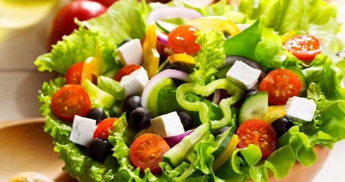 подготовить продукты перед добавлением их в салат