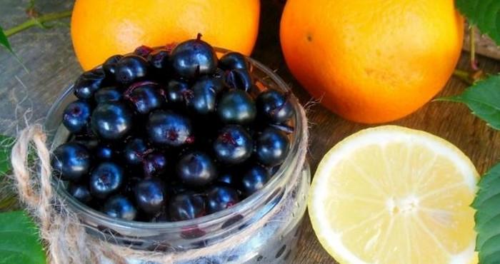 апельсин и ягоды