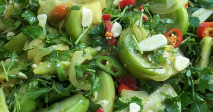 яркое зеленое ассорти из овощей
