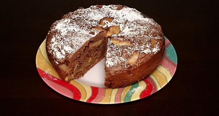 шоколадный пирог шарлотка с творогом и яблоками