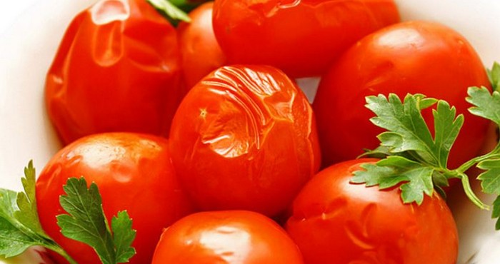 сочные и вкусные томаты