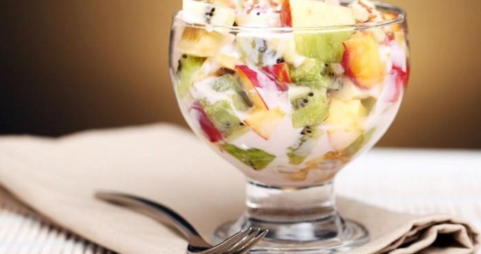 закуска с фруктами и сыром