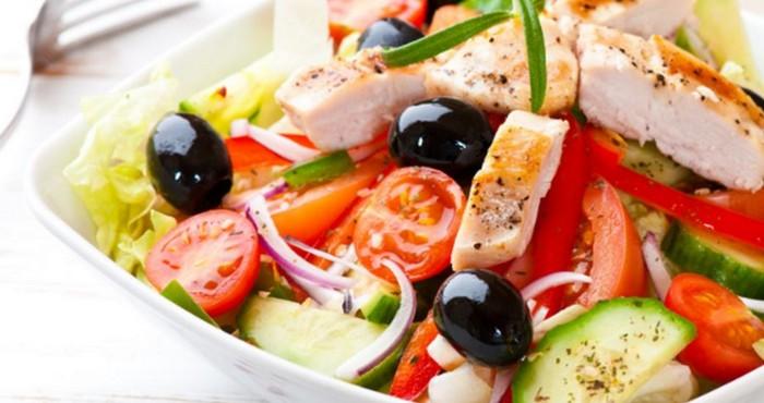 греческий куриный салат на новый год 2019