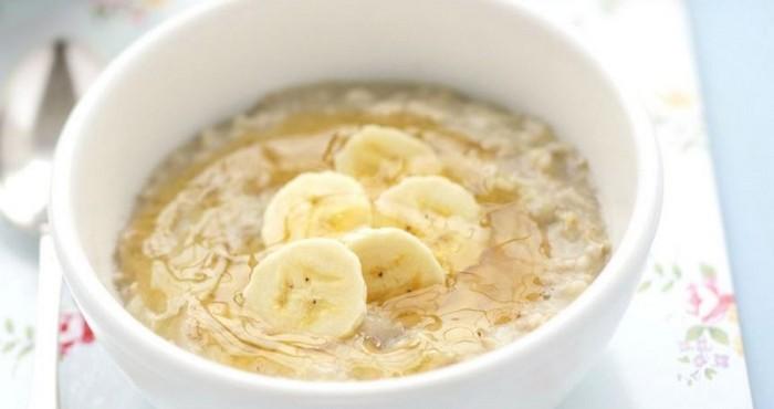 нежное блюдо с бананом на завтрак