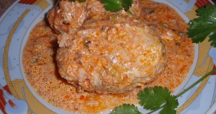 сочные котлетки из капусты с мясом и рисом
