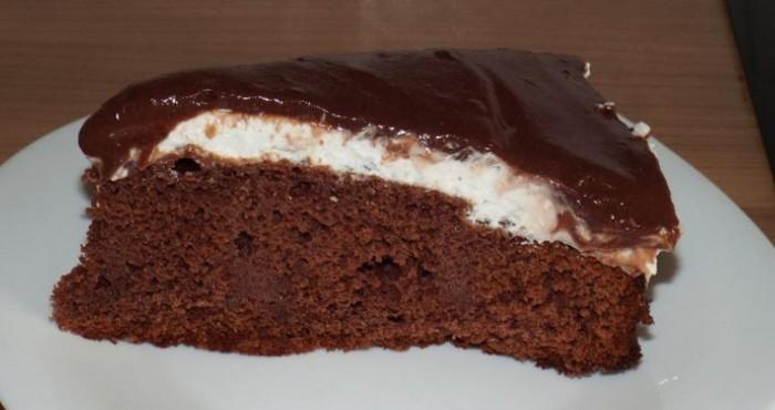 нежное лакомство с шоколадной глазурью