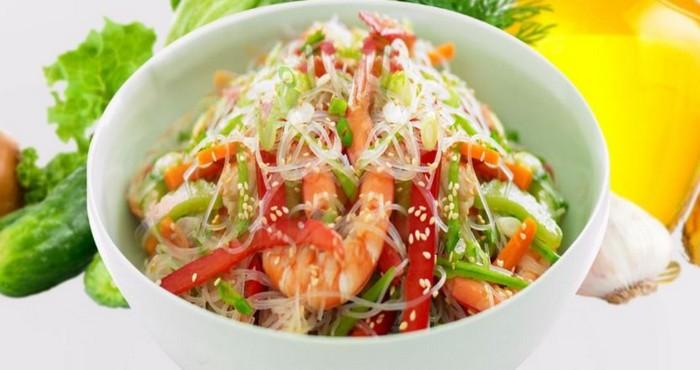 салат с фунчозой по-китайски