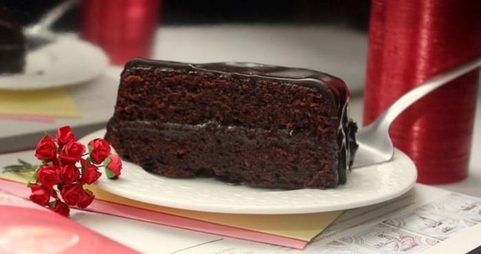 шоколадный десерт с глазурью