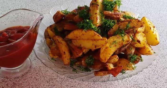 "Картошка ""по-деревенски"" – готовим в духовке"