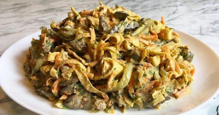 Проверенные рецепты салатов с солёными огурцами
