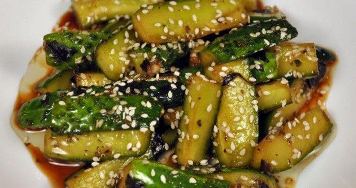 Салат из огурцов по-корейски – пикантная заготовка на зиму