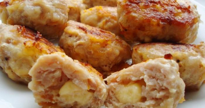 Куриные котлеты в духовке с сыром