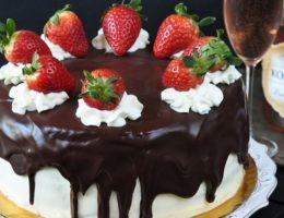 Как украсить торт на Новый год 2018