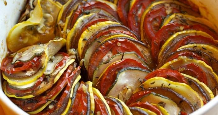 Запеканка из кабачков и баклажанов в духовке