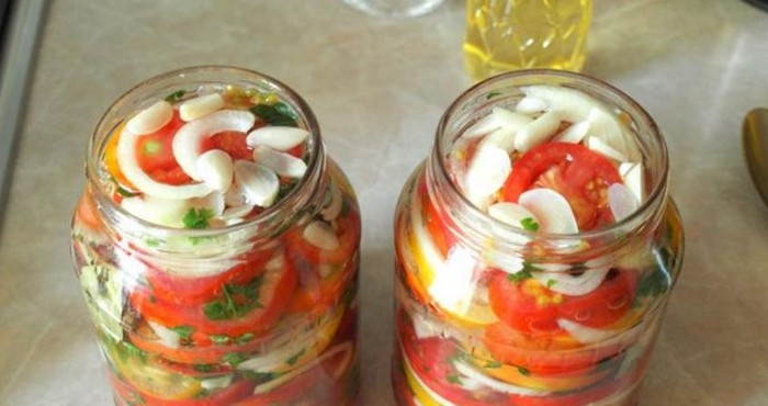 яркие овощи в сладком маринаде