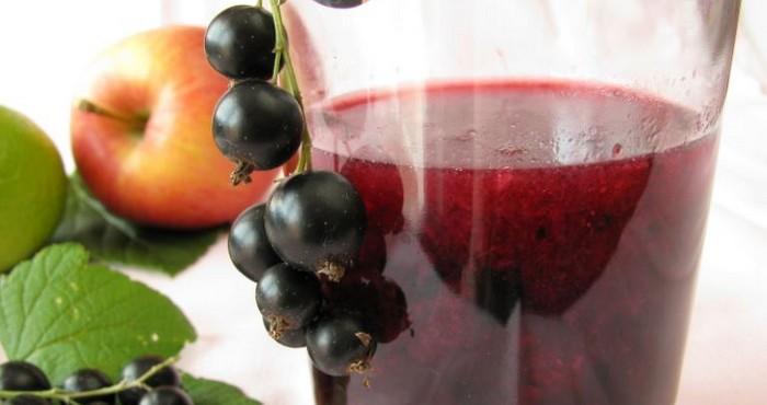 ягодно-фруктовый напиток