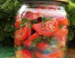 помидоры дольками с зеленью