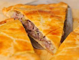сытный пирог с мясом