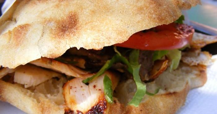 сочный сэндвич с перцем