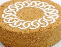 праздничный торт медовик