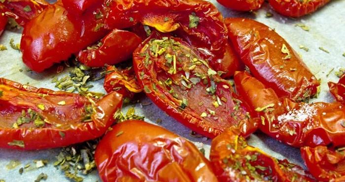 томаты со специями