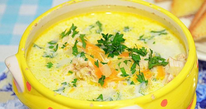 насыщенный суп с сыром