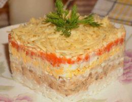 нежный салат Мимоза с сайрой