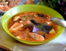 ароматный суп с морепродуктами