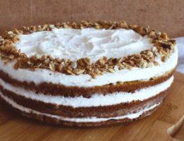торт на кефире с орешками