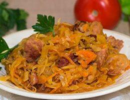 сытное блюдо с капустой и картошкой