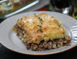сытное блюдо из картофеля и мяса