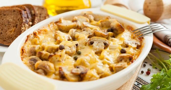 грибное блюдо с картофелем и мясом