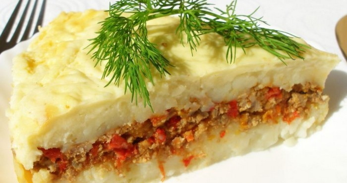 нежное блюдо с яркими овощами