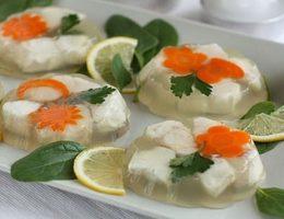 нежное заливное из рыбы с лимоном